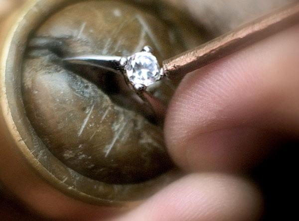 anello in oro artigianale cierre gioielli