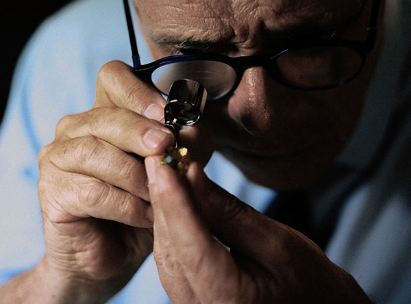Cierre Gioielli diamanti certificati pietre preziose